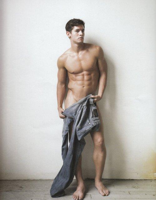 kyle ledeboer naked photo