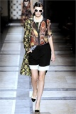 dries-van-noten.1.00100h-2009.10.04.19.48.04.15756_base