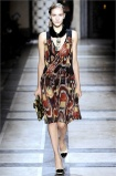 dries-van-noten.1.00110h-2009.10.04.20.03.13.231145_base