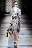 dries-van-noten.1.00130h-2009.10.04.20.02.21.866821_base