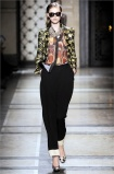 dries-van-noten.1.00170h-2009.10.04.20.00.05.235633_base