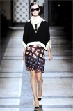 dries-van-noten.1.00220h-2009.10.04.19.57.42.528538_base
