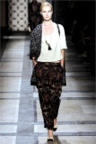 dries-van-noten.1.00230h-2009.10.04.19.57.16.30907_base