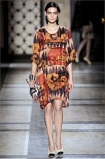 dries-van-noten.1.00250h-2009.10.04.19.56.34.141896_base