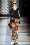 dries-van-noten.1.00280h-2009.10.04.19.54.59.1196250_base