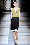 dries-van-noten.1.00300h-2009.10.04.19.54.07.638180_base