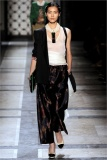 dries-van-noten.1.00330h-2009.10.04.20.12.14.1226824_base