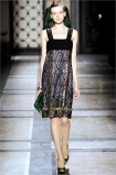 dries-van-noten.1.00400h-2009.10.04.20.09.05.42273_base