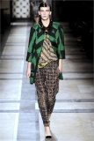 dries-van-noten.1.00410h-2009.10.04.20.35.33.2035945_base