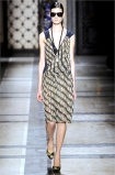dries-van-noten.1.00430h-2009.10.04.20.34.38.178581_base