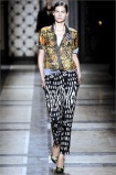 dries-van-noten.1.00450h-2009.10.04.20.33.43.1077461_base