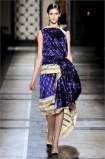 dries-van-noten.1.00520h-2009.10.04.20.37.43.3061189_base