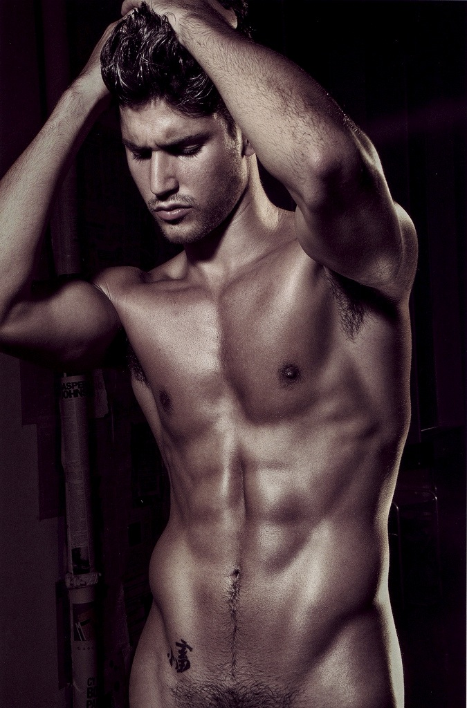 naked-super-sexy-man
