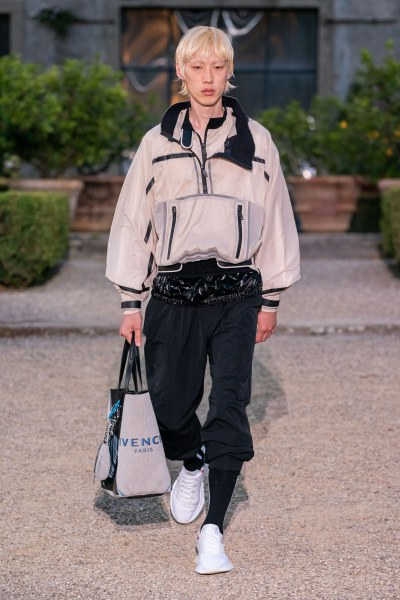 Givenchy look no 33.jpg
